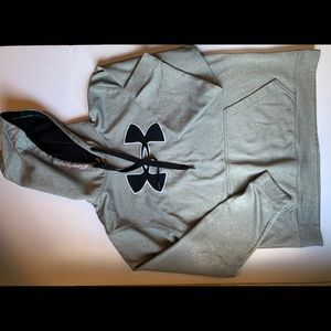 Under armour women's hooded loose fit size large